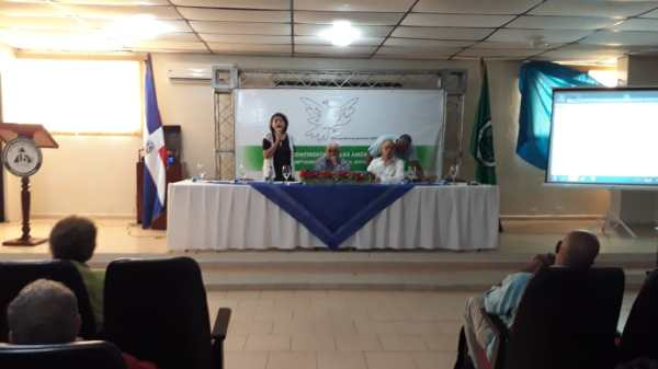 Presidenta do Conselho Mundial da Paz Socorro Gomes na reunião regional do CMP em Moca 2018.jpg