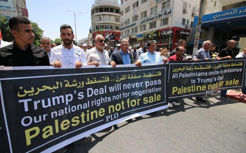 Palestinos protestam em Ramallah em 2019 contra plano de Trump